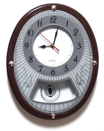 Zegar ścienny z wahadłem brązowy tworzywo 0269
